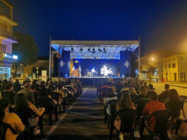 Carlo Colombo in SOPRAVVIVERE AGLI ANNI '20 | Piombino Dese (PD) | 23/07/21