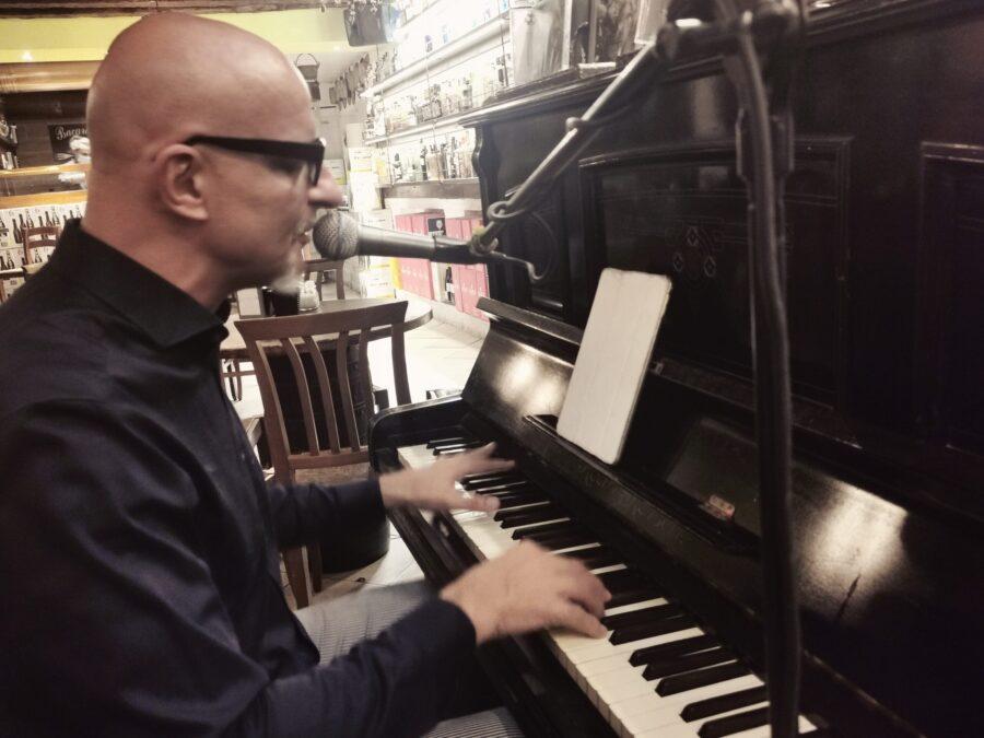 Carlo Colombo Piano e Voce   Venezia (VE)   22/08/21