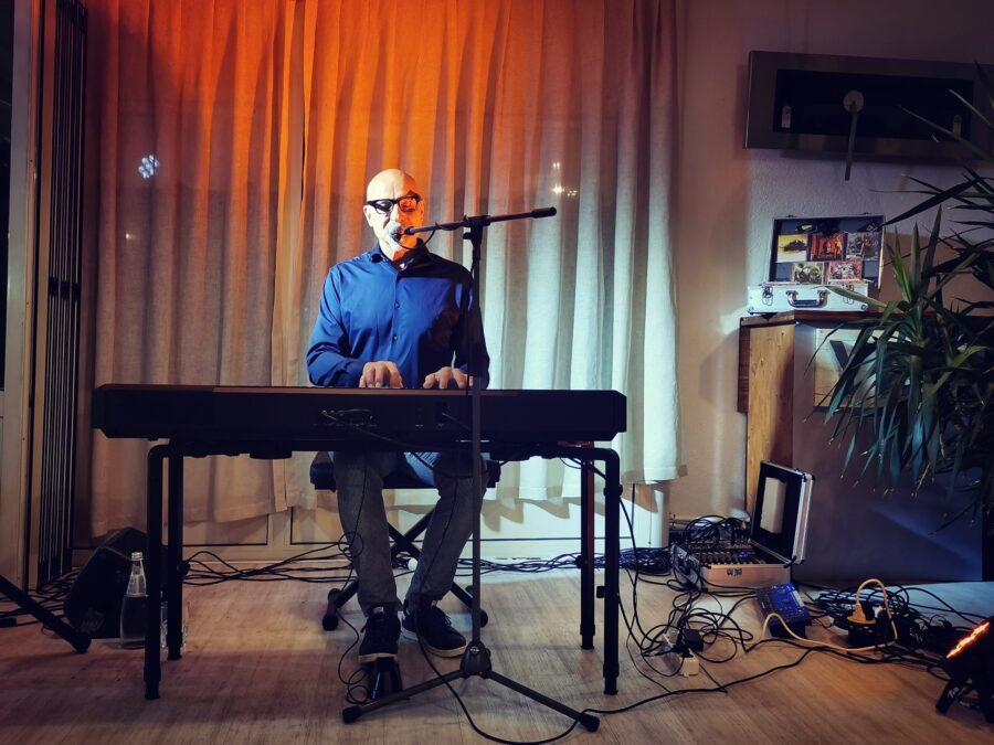 Carlo Colombo Piano e Voce   San Biagio (TV)   03/09/21